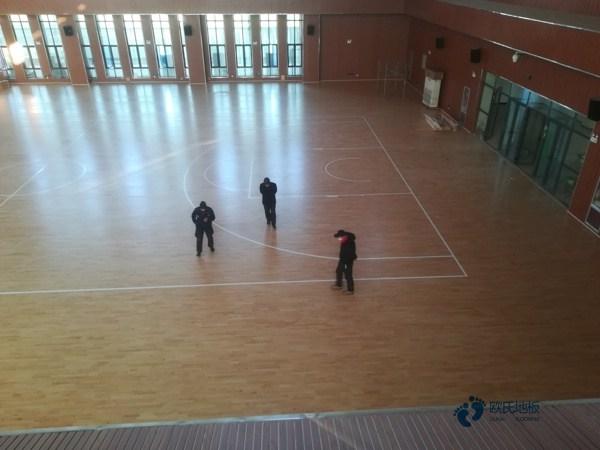 中等体育地板施工步骤