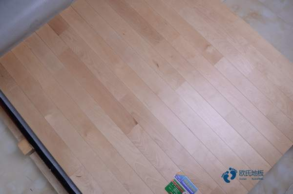 中等運動場木地板施工方案