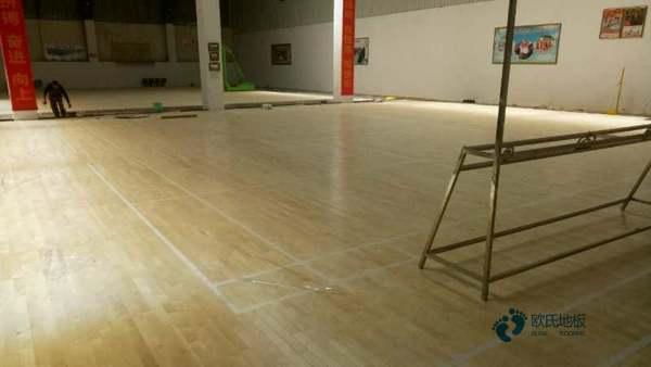 优惠的运动场地板生产公司