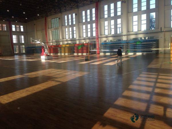 运动型木地板公司