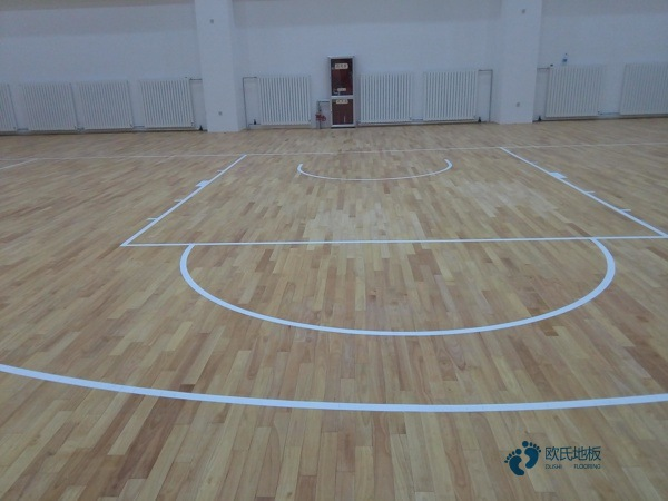 运动篮球地板哪个牌子好