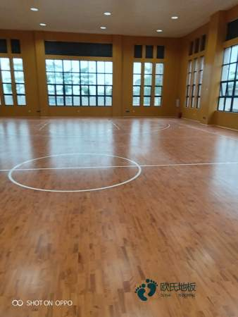 运动篮球地板哪个牌子的好