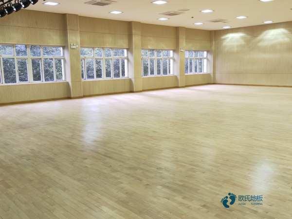 运动篮球地板生产公司