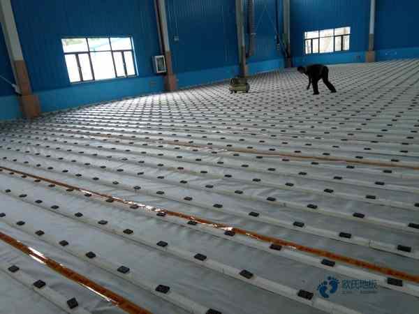 运动篮球木地板企业