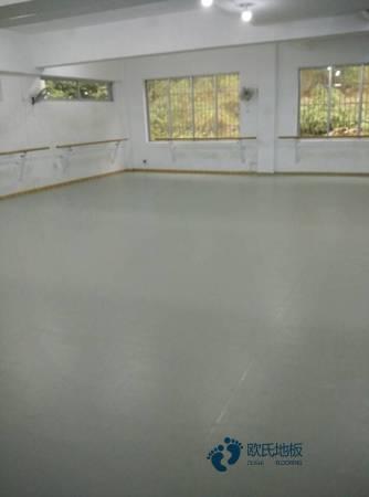 悬浮式篮球运动木地板环保