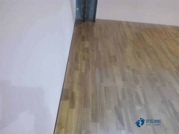 哪有篮球场地木地板哪个牌子较好