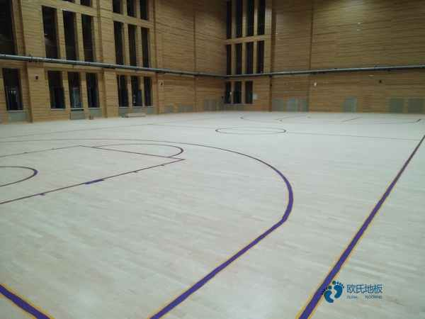 国产运动场木地板安装公司