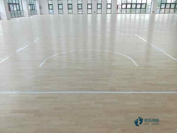 体育篮球木地板厂家直销3