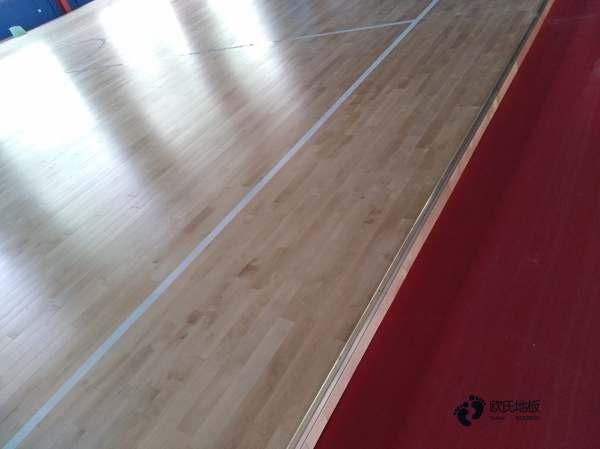 国标运动篮球木地板安装公司