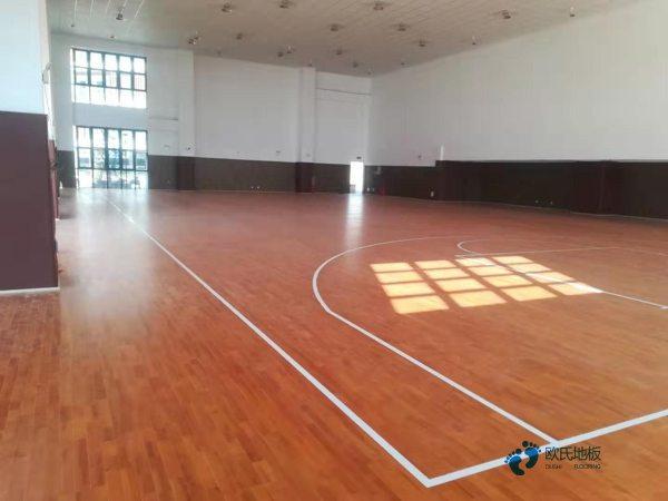 大学篮球地板安装公司