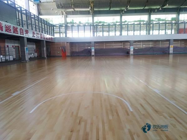好看的运动篮球木地板厂家报价