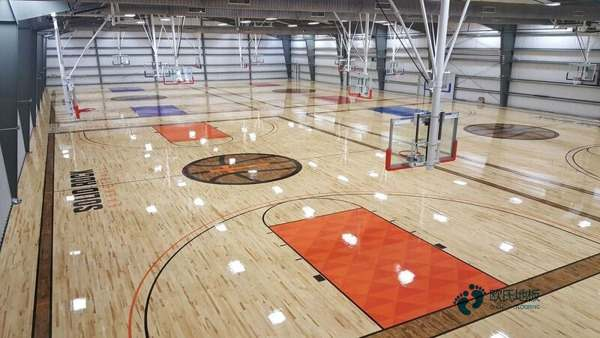 国产篮球馆木地板2